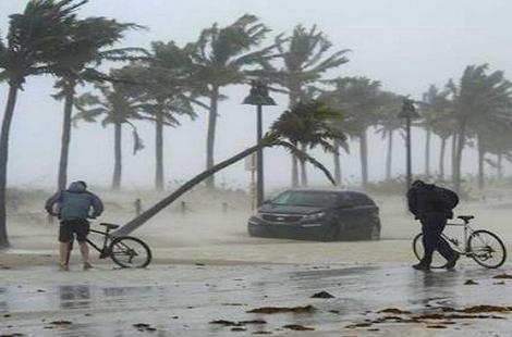 نشرة إنذارية من المستوى البرتقالي: أمطار ورياح قوية بالحسيمة ومناطق آخرى
