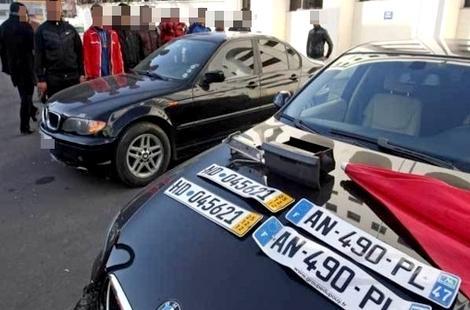 تفكيك شبكة يقودها مغربي وإبنه بإسبانيا لسرقة السيارات وتهريبها إلى المغرب