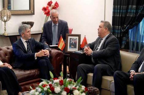 وزير داخلية إسبانيا في المغرب.. وسياج جديد في سبتة ومليلية على الطاولة