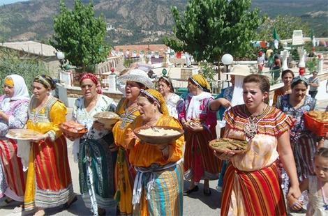 الجزائر تحيي رأس السنة الأمازيغية في الذكرى الأولى لترسيمها عيدًا وطنيا