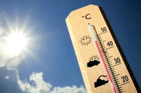 موجة حارة قياسية تجتاح عدد من المدن المغربية خلال يوم الخميس إلى الأحد