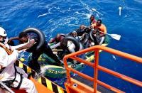 إنقاذ سبعة مهاجرين غير نظاميين في سواحل سبتة