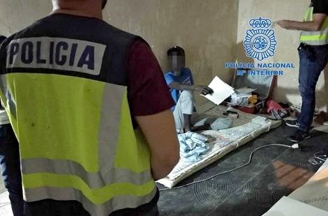 اسبانيا تعتقل مهربا للبشر تسبب في غرق 11 شخصا خلال رحلة سرية من سواحل الشمال