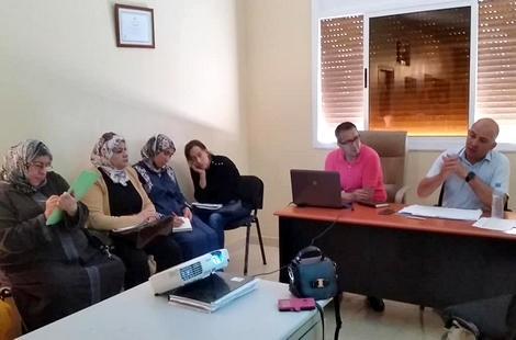 فرع الاتحاد التقدمي لنساء المغرب بالحسيمة ينظم ورشات تكوينية للرقي بالعمل النقابي