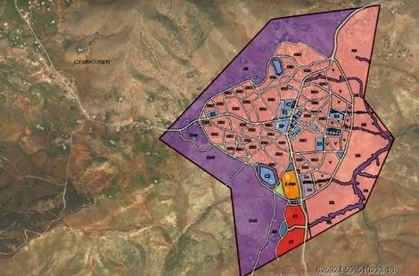 سخط عارم يعم ساكنة جماعة ازمورن باقليم الحسيمة من محدودية التحفيظ الجماعي