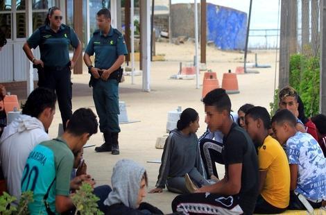 """تنسيق مغربي إسباني لحماية الـ""""حراكة"""" القاصرين"""