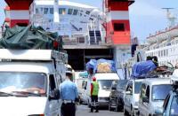 تراجع تحويلات المغاربة المقيمين بالخارج وعائدات السياحة