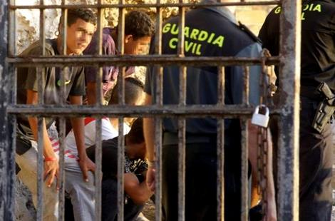 تفكيك شبكة اختطفت قاصرين مغاربة بإسبانيا وطلبت فديات من ذويهم بالمغرب