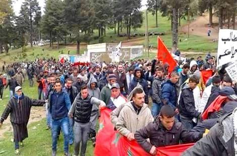 ساكنة تلارواق تعود للاحتجاج وتهدد بمسيرة صوب عمالة إقليم الحسيمة